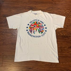 VTG Vintage Seattle 1990 T-Shirt